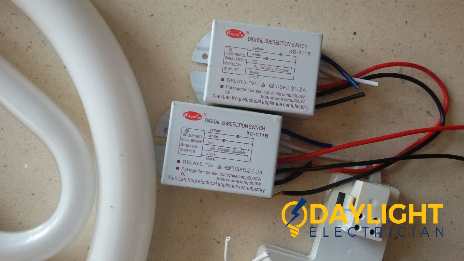 Change-light-switches-light-bulbs-electrician-singapore-landed-cashew-road_wm
