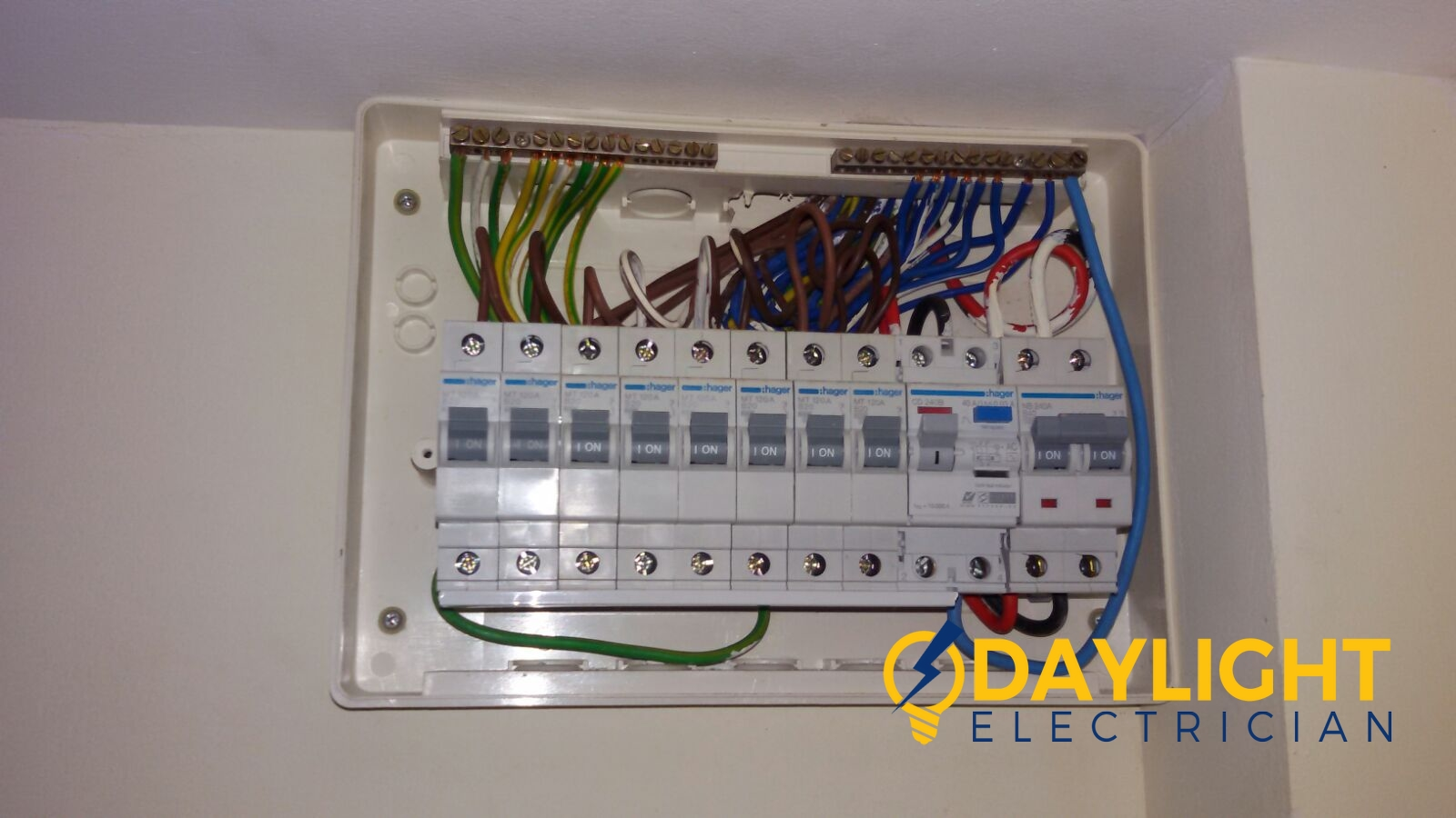 db box change mcb link bar electrician singapore hdb