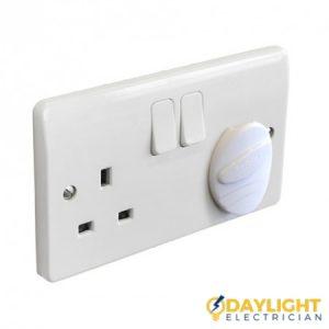Electrical-installation-Daylight-Electrician-Singapore_wm