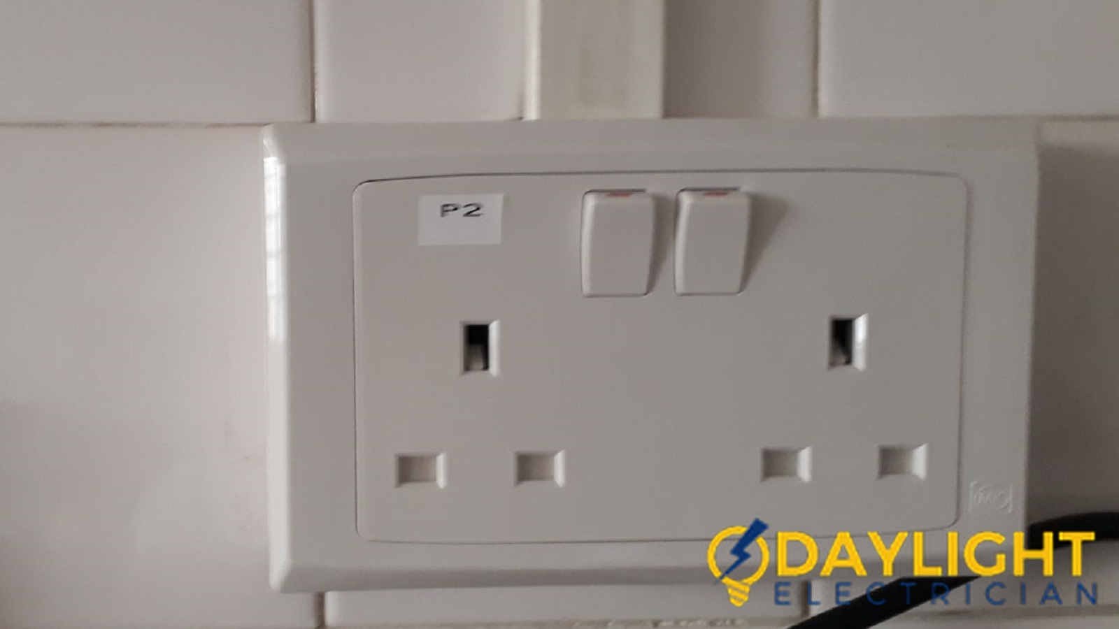 Power-Socket-Casing-Replacement-Electrician-Singapore-HDB-Jurong-East-5_wm