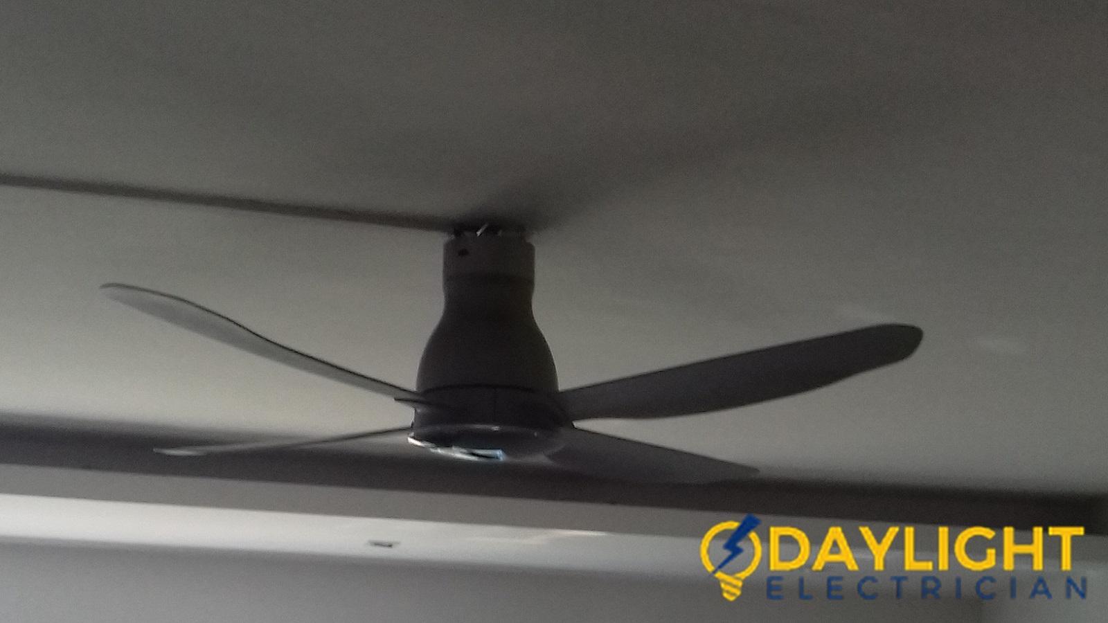 Ceiling-Fan-Replacement-Electrician-Singapore-HDB-Telok-Blangah-5_wm