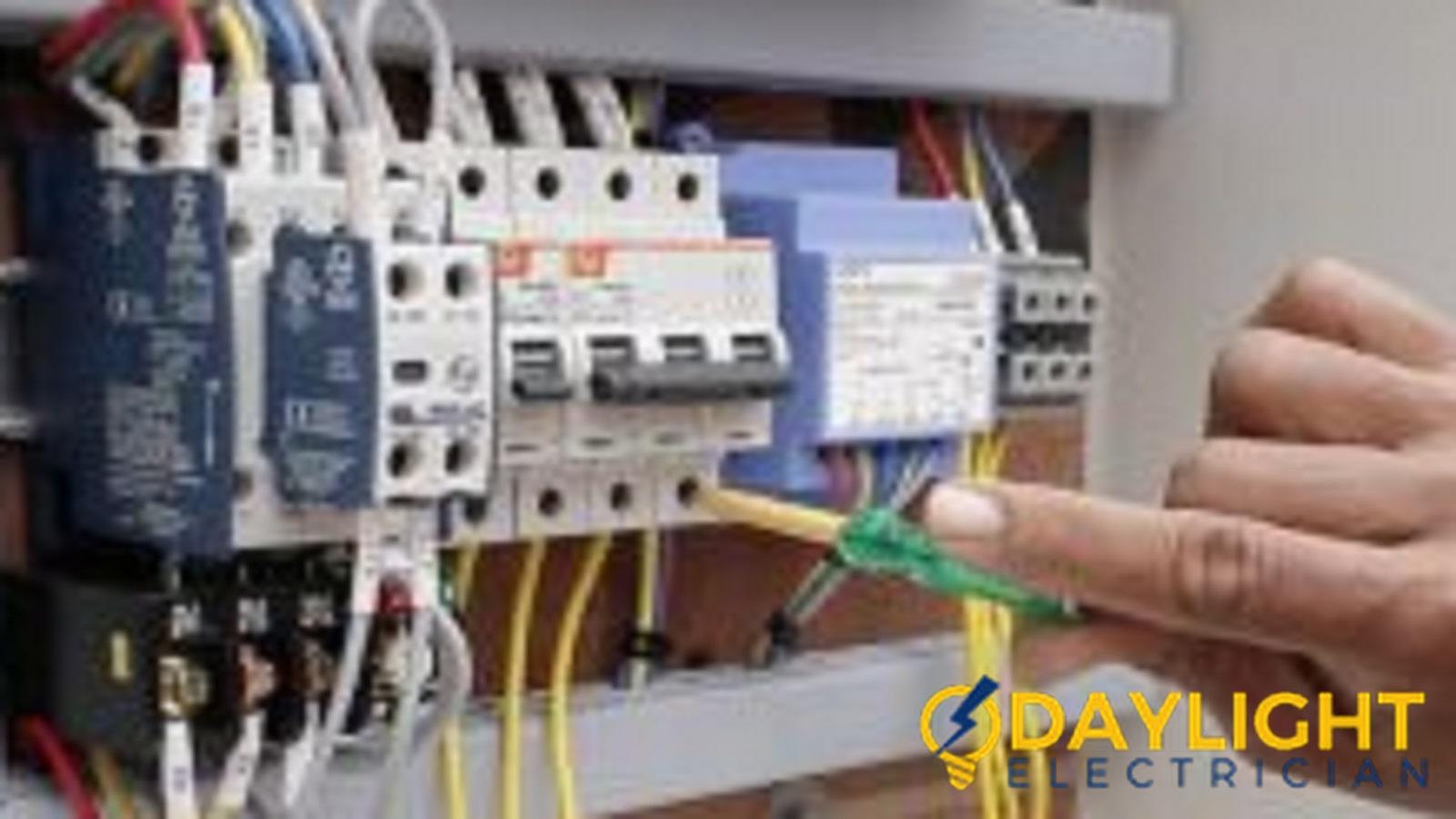 recommend-electrician-singapore_wm-1600x900_wm