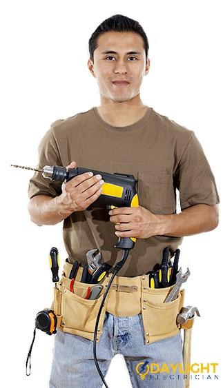 electrician-singapore-(3)_wm