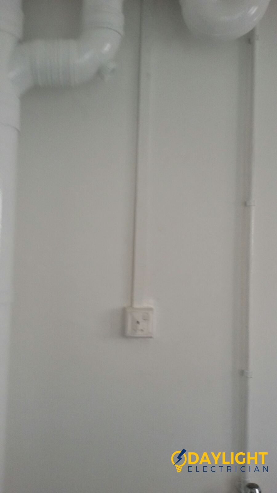 Install-new-power-socket-electrician-singapore-HDB-canberra-road-sembawang