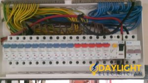 Repair-distribution-board-DB-box-troubleshooting-electrician-singapore-HDB-Ang-Mo-Kio-ave-3-1_wm