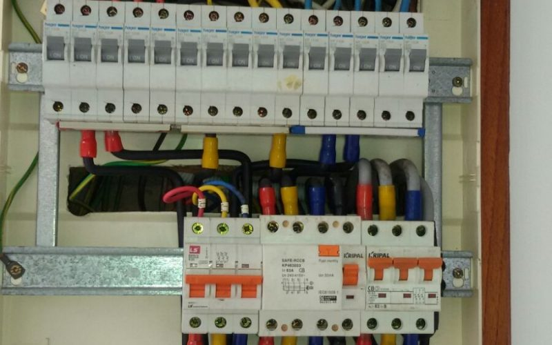 db-box-distribution-board-Change-mcb-63A-main-circuit-breaker-electrician-singapore-landed-joo-chiat-1_wm