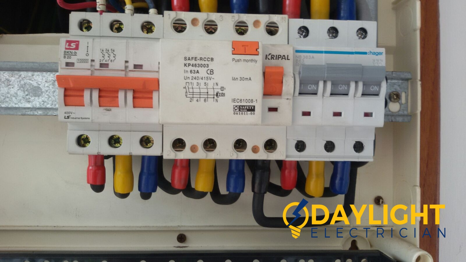 Db Box Change Mcb 63a Main Circuit Breaker Electrician