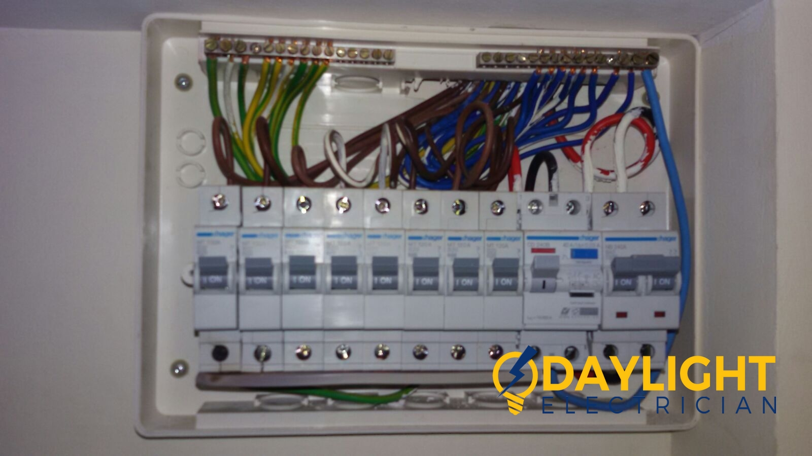 Db Box Change Mcb Link Bar Electrician Singapore Hdb Bishan Distribution Board Electrician
