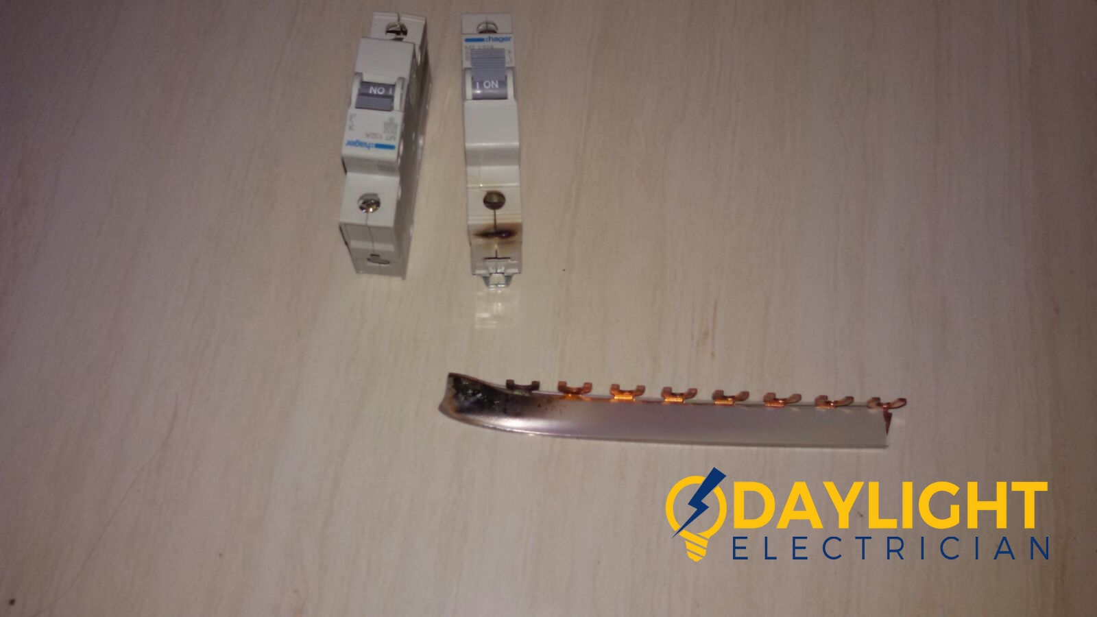 db-box-distribution-board-Change-mcb-link-bar-electrician-singapore-HDB-bishan-2_wm