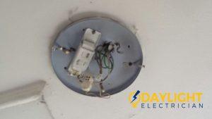 replace-ballast-starter-ceiling-fluorescent-light-troubleshooting-electrician-singapore-condo-phoenix-garden-bukit-panjang-1_wm
