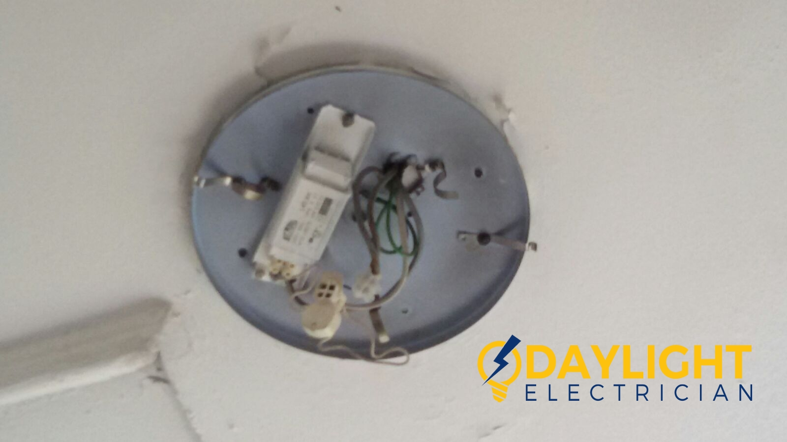 Electrician Singapore Price - Electrician Singapore