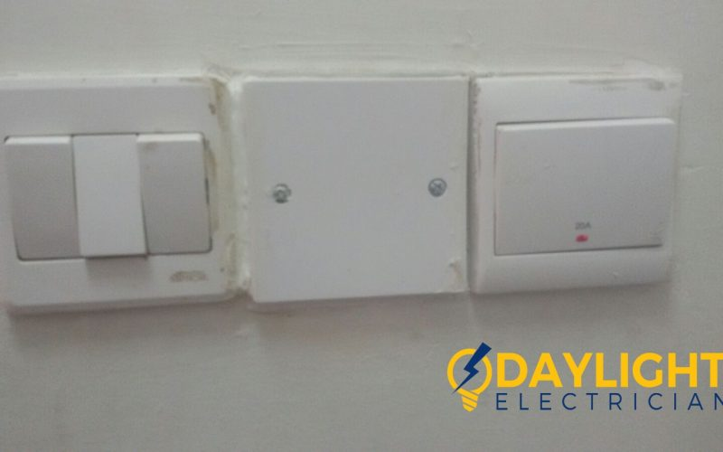solve-water-heater-power-fault-troubleshoot-rewire-proper-cable-connection-electrician-singapore-landed-loyang-2_wm
