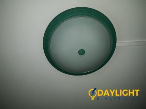 Change-round-fluorescent-tube-to-LED-bulb-HDB-electrician-singapore-3_wm