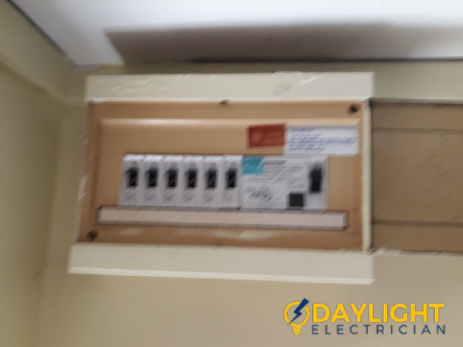 Db Box Distribution Board Replacement Electrician Singapore Hdb Buona Vista Electrician