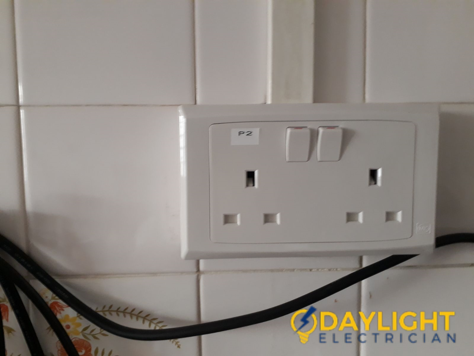 Power-Socket-Casing-Replacement-Electrician-Singapore-HDB-Jurong-East-2_wm