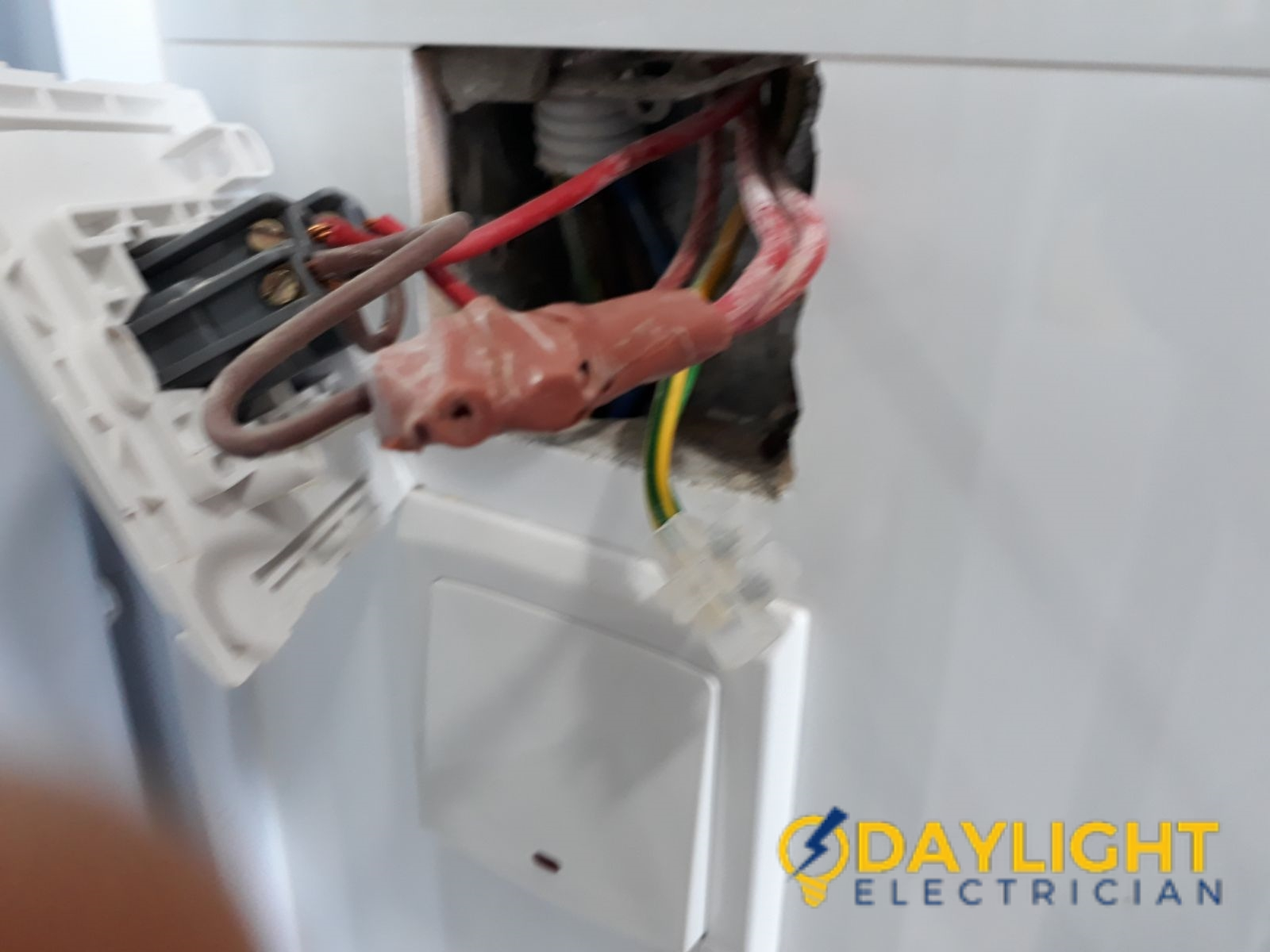 Readjusting-Light-Switch-Incorrect-Configuration-Electrician-Singapore-HDB-Tampines-1_wm