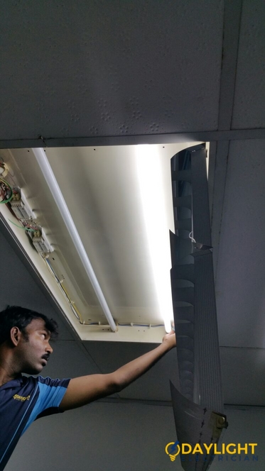 Office-Light-Replacement-Electrician-Singapore-Commercial-Raffles-City-3_wm