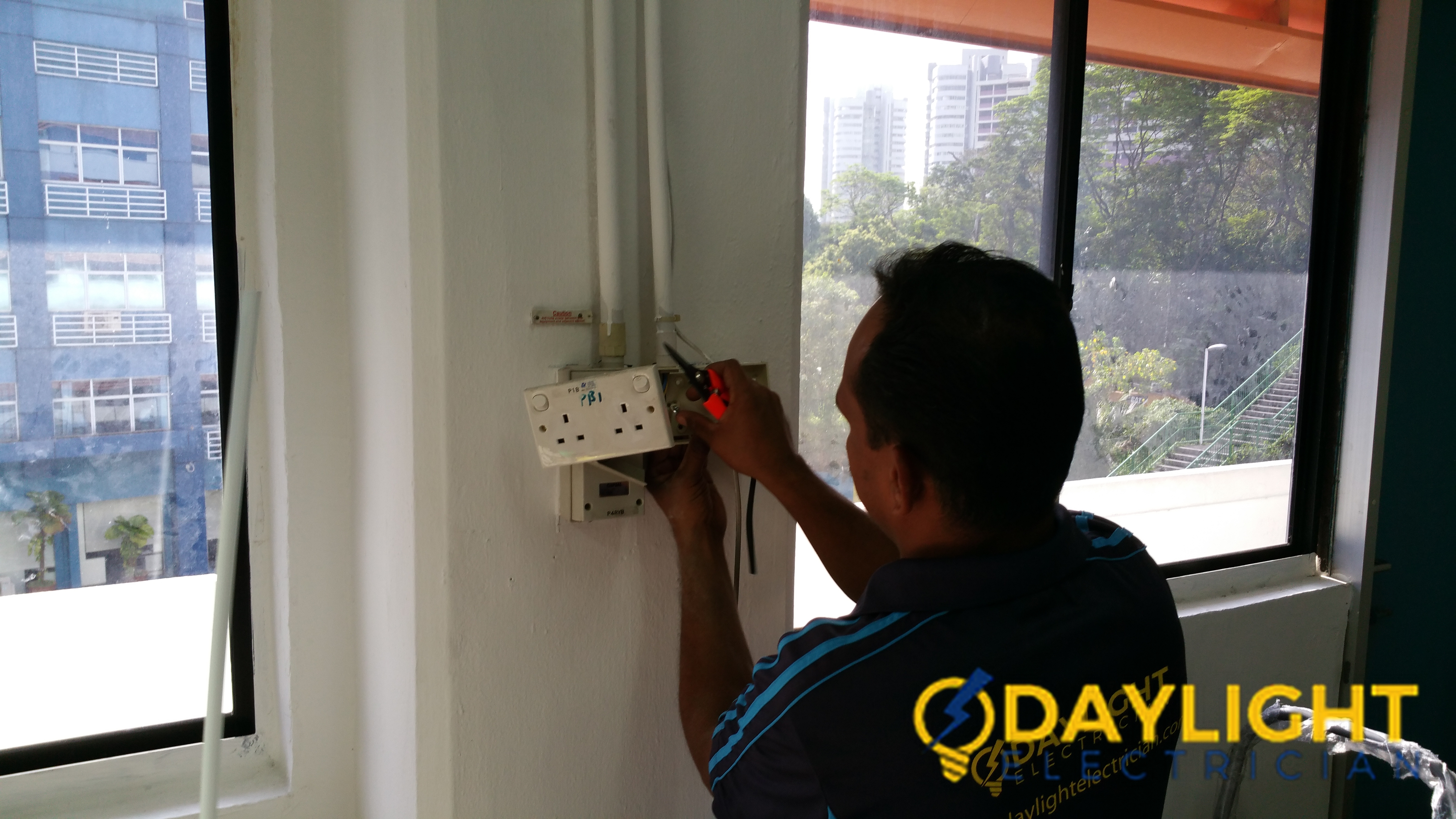 Office-Power-Point-Installation-Electrician-Singapore-Commercial-Bukit-Merah-7