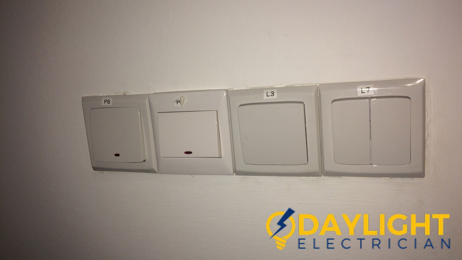wall light switch installation daylight electrician singapore condo bukit timah 3 wm