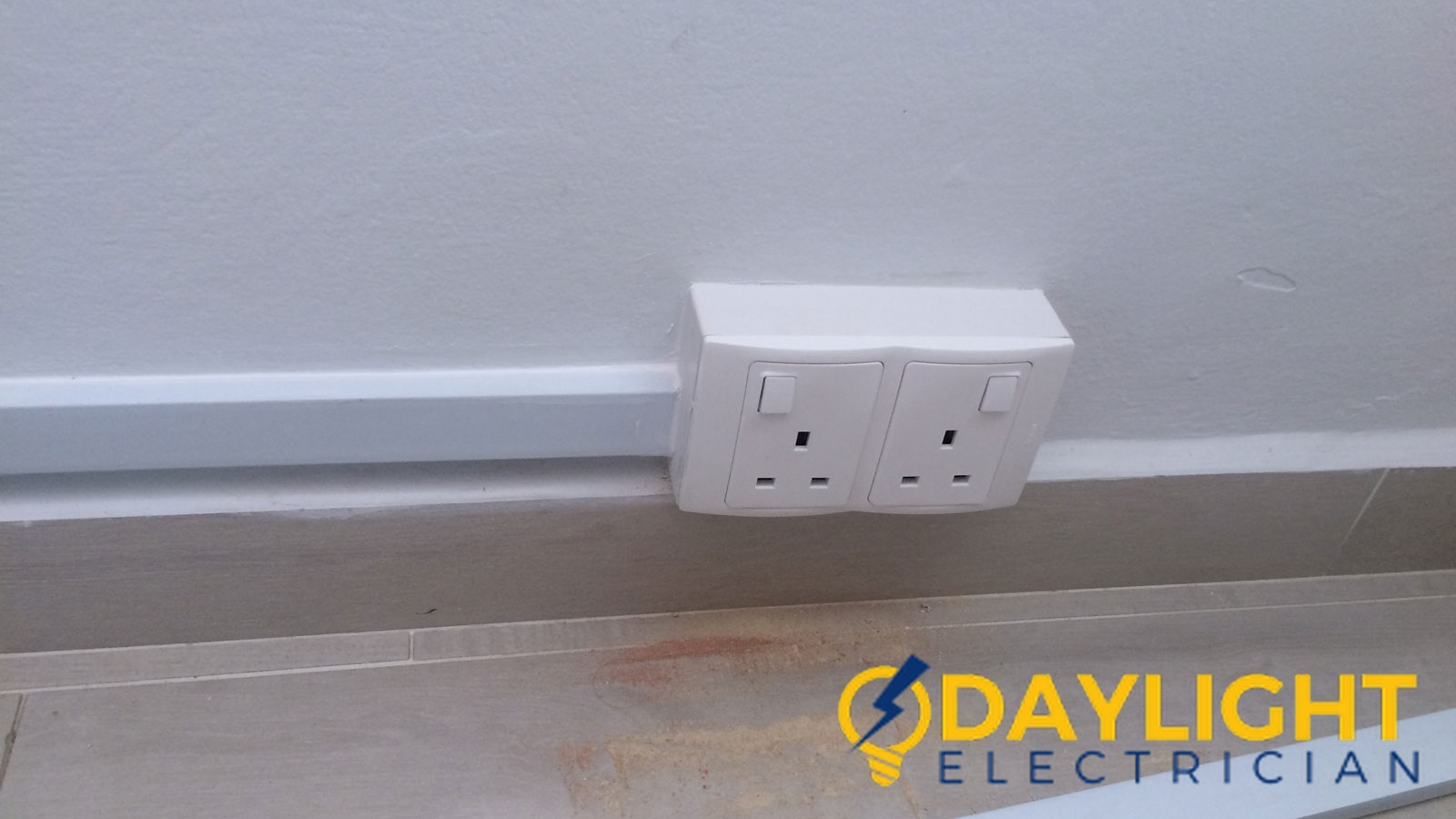 power socket installation daylight electrician singapore landed sembawang wm