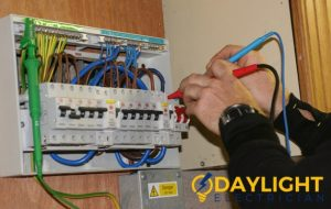 reliable-electrician-daylight-electrician-singapore_wm