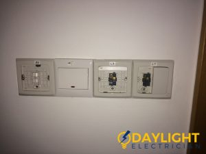 wall-light-switch-installation-daylight-electrician-singapore-condo-bukit-timah_wm