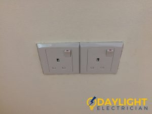 wall-socket-installation-daylight-electrician-singapore-condo-jurong-east-2_wm