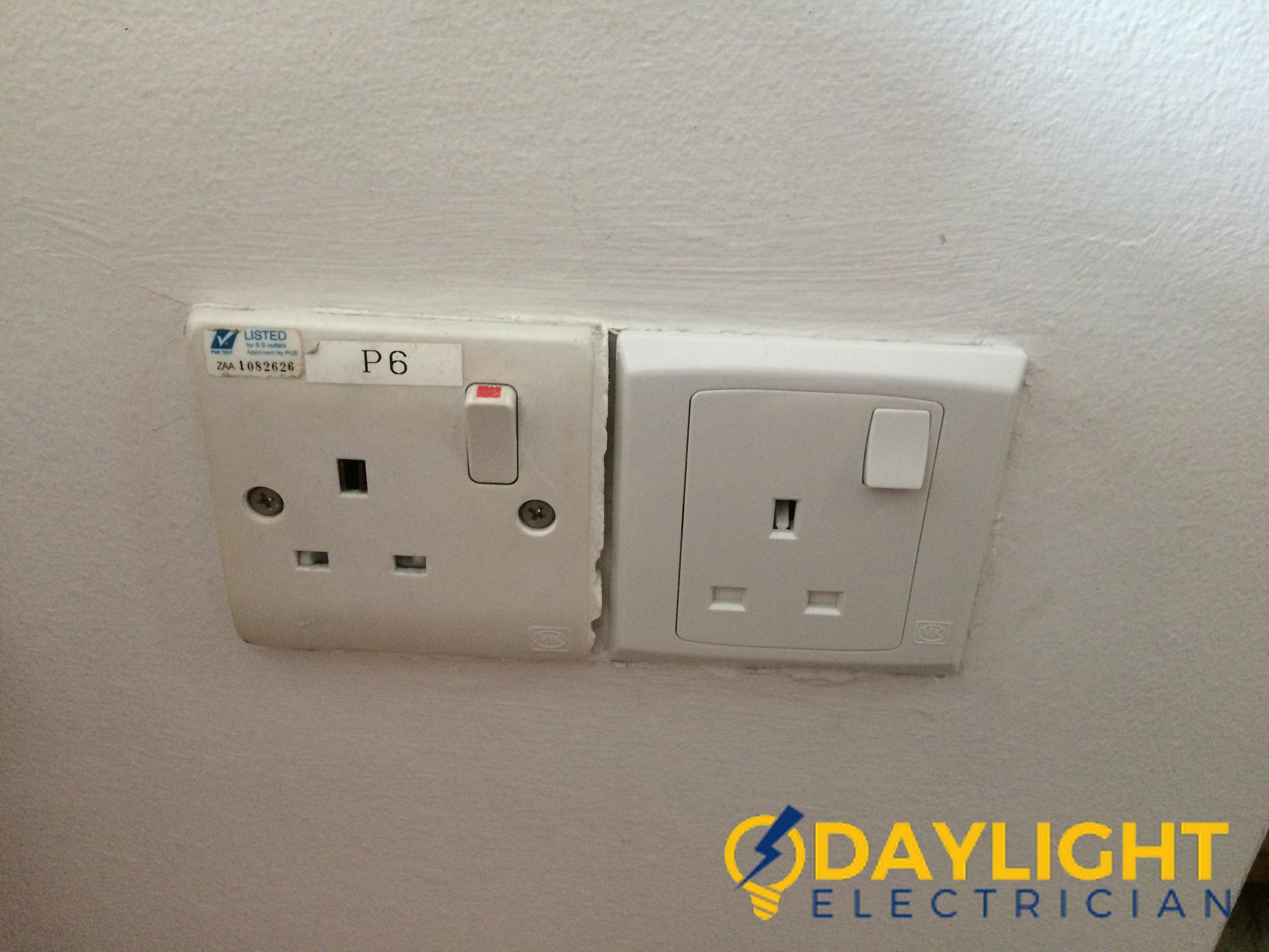 wall-socket-installation-daylight-electrician-singapore-condo-jurong-east_wm