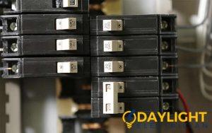 circut breaker electrical contractors daylight electrician singapore