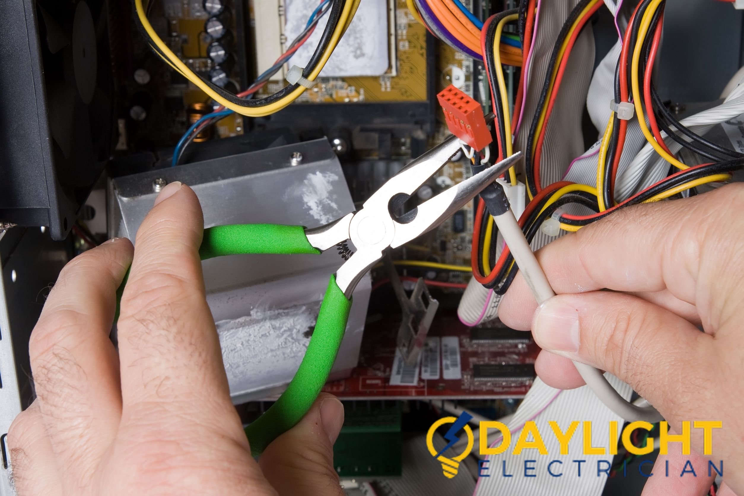electrical contractor daylight electrician singapore