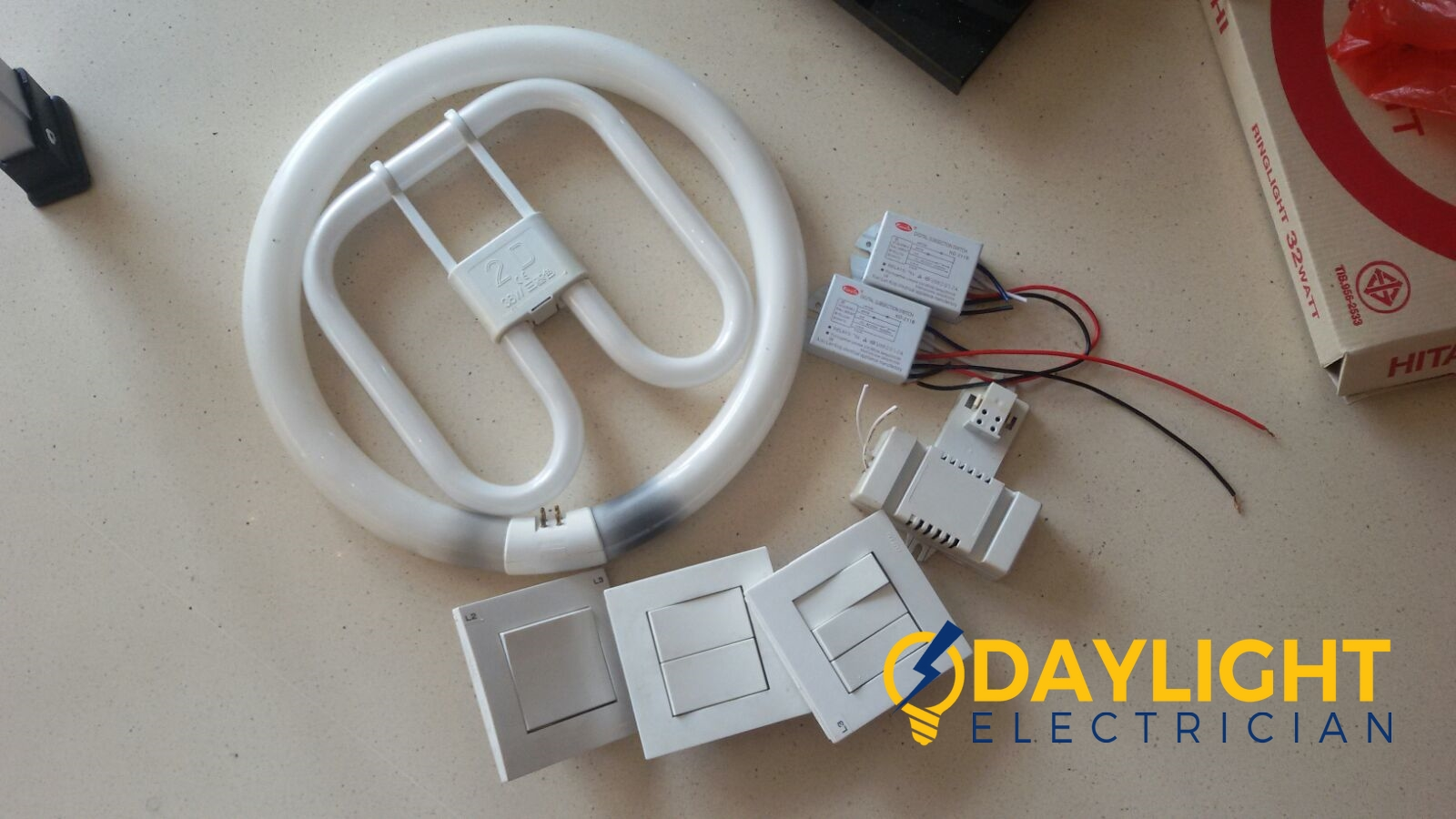 Change-light-switches-light-bulbs-electrician-singapore-landed-cashew-road-11