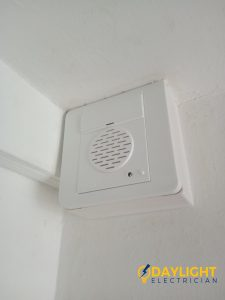 Doorbell Replacement With Wiring Faulty in Singapore HDB Bishan Day Light Electrician (2)_wm