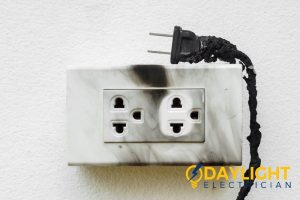 Reasons that can lead to the failure of the power socket-day-light-electrician-singapore_wm
