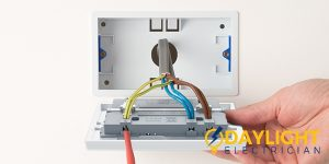 Ways to troubleshoot the power socket if it is not working-day-light-electrician-singapore_wm
