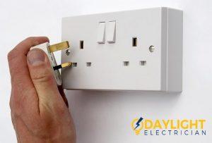 conclusion-day-light-electrician-singapore_wm