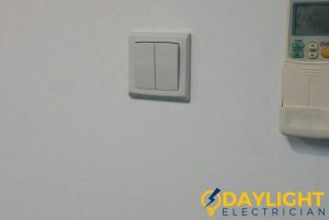 newly-installed-switch-light-switch-replacement-daylight-electrician-singapore