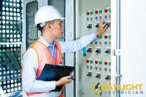 career-job-openings-electrical-technician-electrician-daylight-electrician-singapore-2
