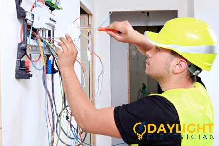 careers-job-openings-licensed-electrician-daylight-electrician-singapore-2