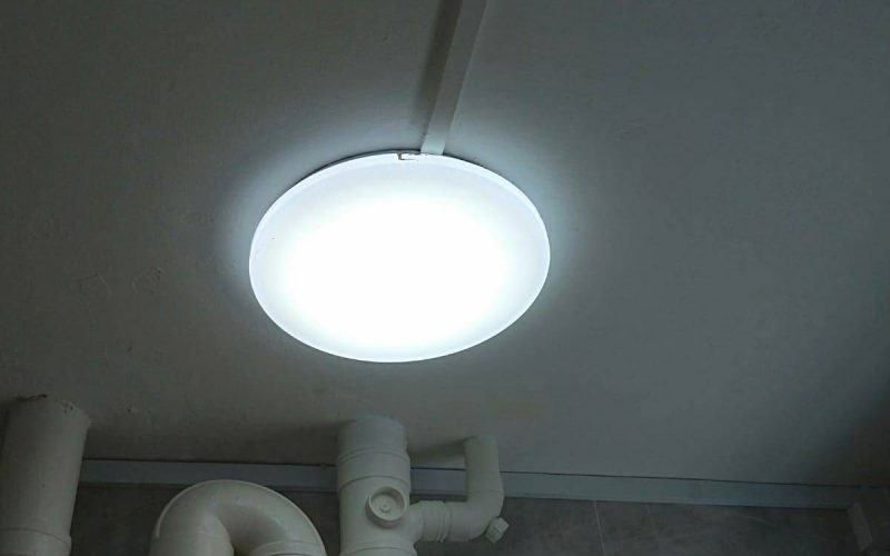ceiling-light-installation-light-services-electrician-singapore-hdb-tampines-3