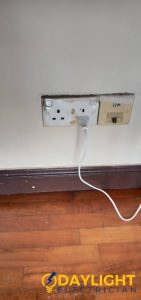 light-switch-and-socket-replacement-light-switch-services-electrician-singapore-hdb-serangoon-2