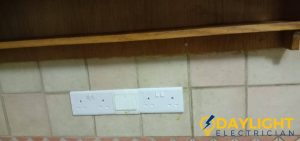 light-switch-and-socket-replacement-light-switch-services-electrician-singapore-hdb-serangoon-9