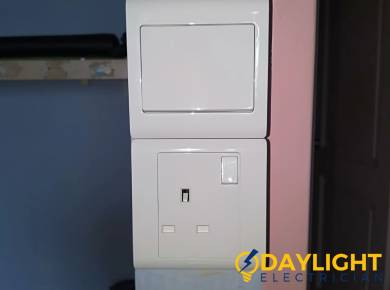 light-switch-socket-replacement-light-switch-services-electrician-singapore-hdb-simei-1