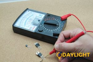 circuit-tester-light-repair-tools-electrician-singapore