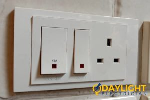electrical-outlet-with-switch-power-socket-installation-daylight-electrician-singapore