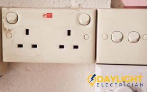 power-socket-replacement-electrician-singapore-hdb-bedok-1