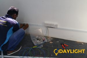 professional-electrician-electrical-contractor-daylight-electrician-singapore