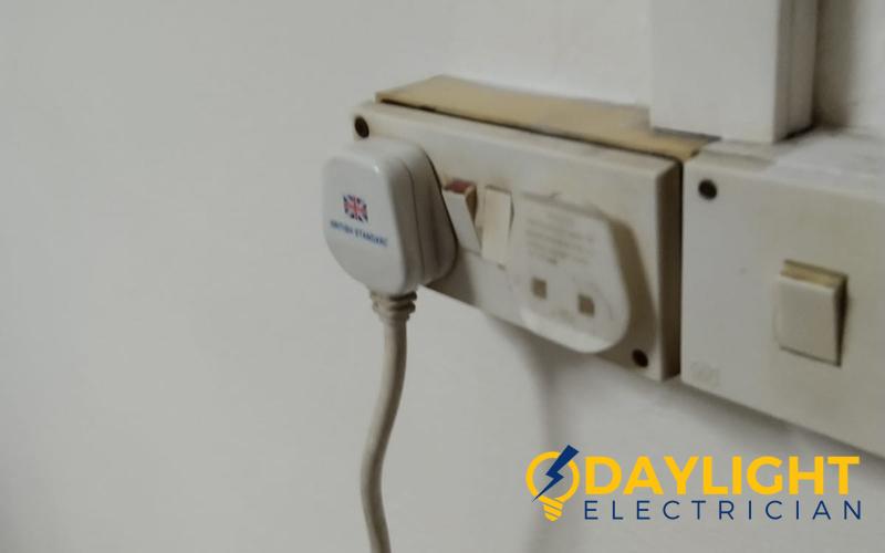 light-switch-installation-light-switch-services-singapore-hdb-bishan-3_wm