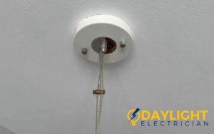 light-replacement-electrician-singapore-hdb-sengkang-1_wm