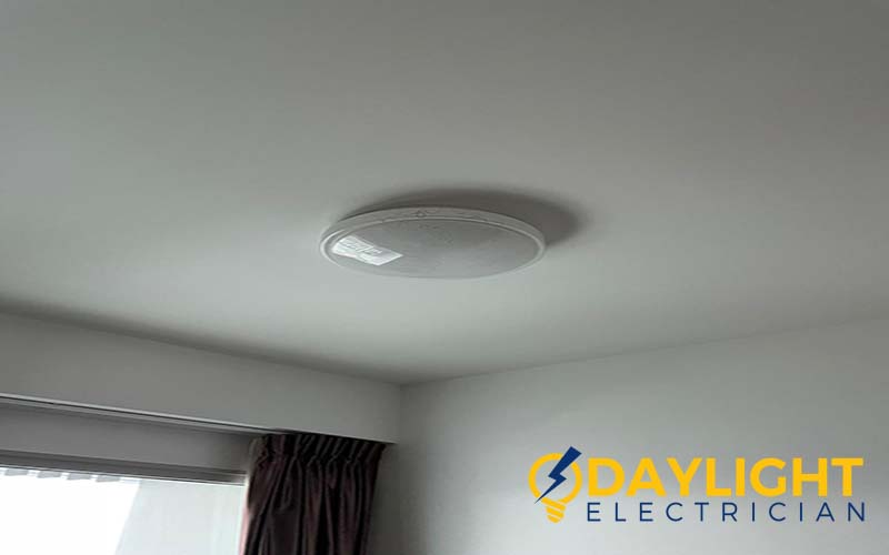 light-replacement-light-replacement-service-electrician-singapore-condo-5