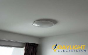 light-replacement-light-replacement-service-electrician-singapore-condo-whampoa-5